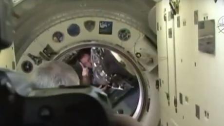 Retour sur Terre: Thomas Pesquet et son collègue russe ont pris place dans le Soyouz