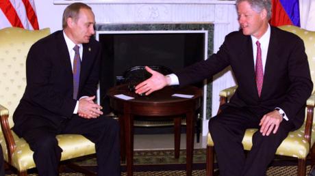 Vladimir Poutine avait suggeré à Bill Clinton de faire entrer la Russie dans l'OTAN