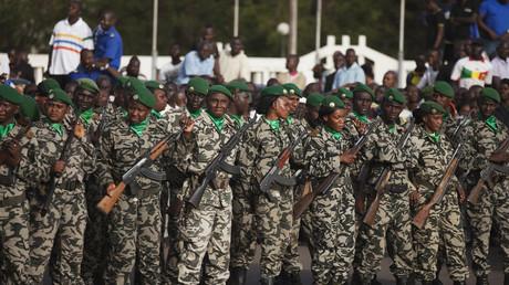 Des soldats maliens