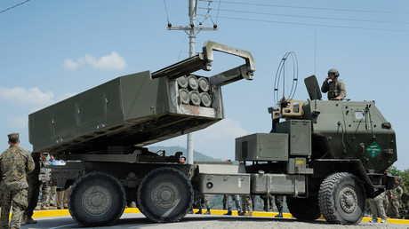 Le système de lance-roquettes multiples HIMARS (High Mobility Advanced Rocket System)