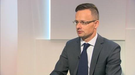 Diplomatie hongroise : «George Soros a l'intention de pousser le gouvernement hongrois dehors»