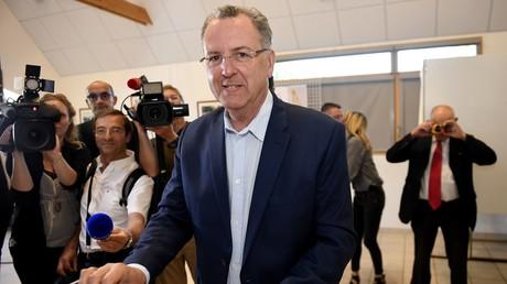 Richard Ferrand ne sera plus ministre de la Cohésion des territoires mais briguera la présidence du groupe LREM à l'Assemblée