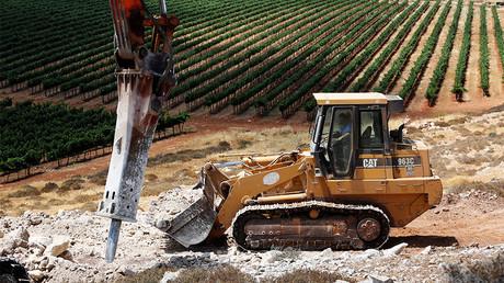 Les travaux de terrassement ont commencé à Amichai, en Cisjordanie le 20 juin 2017, photo ©Ronen Zvulun/Reuters