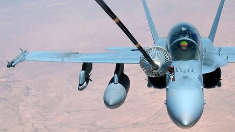 Un F-18 américain