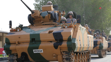 Des blindés de l'armée turque, stationnés au Qatar
