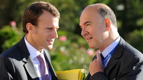 «Dérapage» budgétaire surprise en 2016 : Moscovici vole au secours de Macron, ministre de l'Economie