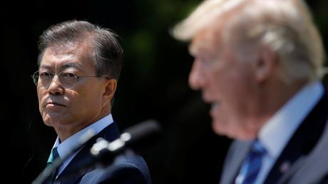 Le président sud-coréen Moon Jae-in et Donald Trump se sont rencontrés pour la première fois à Washington, photo ©Carlos Barria/Reuters