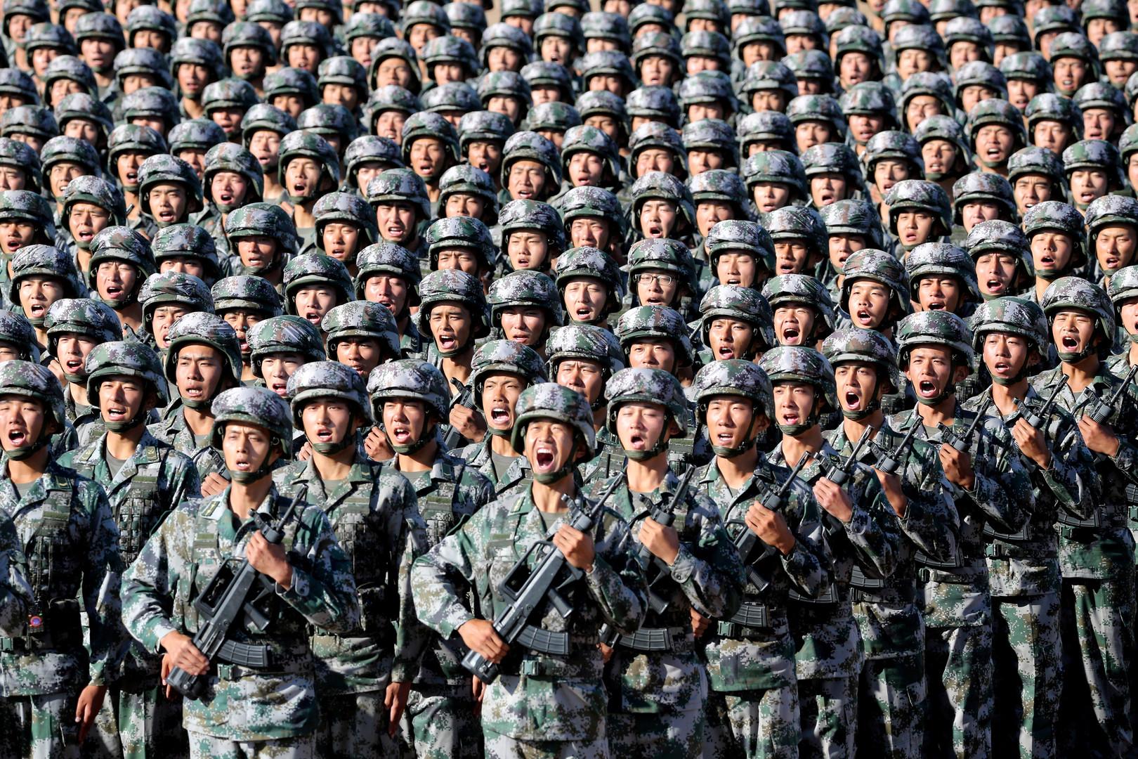 Démonstration de force de l'armée chinoise autour de Xi Jinping (VIDEO)