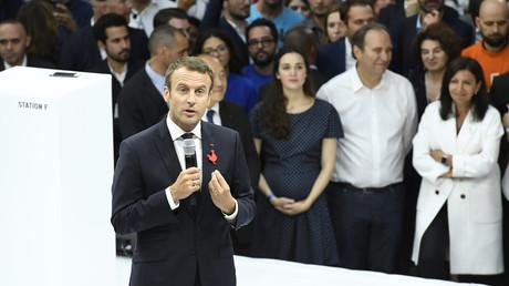 Emmanuel Macron, Anne Hidalgo et Xavier Niel à la halle Freyssinet