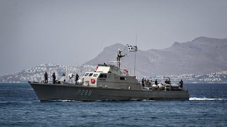 Les garde-côtes grecs accusés d'avoir ouvert le feu sur un bateau turc en mer Egée