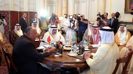 L'Arabie saoudite et ses alliés, engagés dans un bras de fer avec le Qatar, se sont réunis au Caire