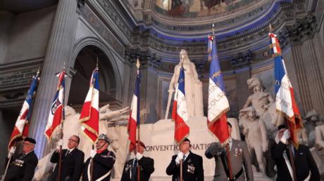 Le célèbre bâtiment français a été le théâtre d'une cérémonie de naturalisation qui a concerné plusieurs centaines d'étrangers devenus Français