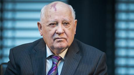 Pour Gorbatchev, l'atmosphère de l'entretien Poutine-Trump en dit plus que les accords signés