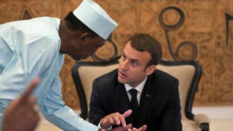 Emmanuel Macron et le président tchadien Idriss Déby