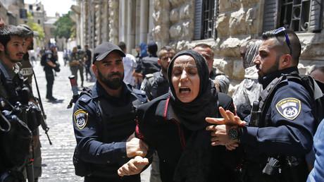 Tensions toujours très vives aux entrées de l'esplanade des Mosquées (VIDEO)