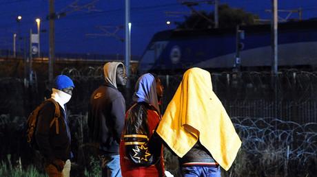 Des migrants à Coquelles (image d'illustration)