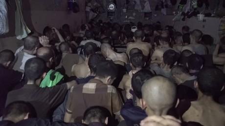 Enfermés dans des conditions abominables en Irak, pour leurs liens supposés avec l'EI (VIDEO)