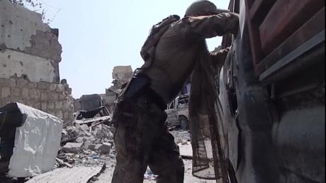 Une correspondante de Sputnik sous les balles à Mossoul (VIDEO)