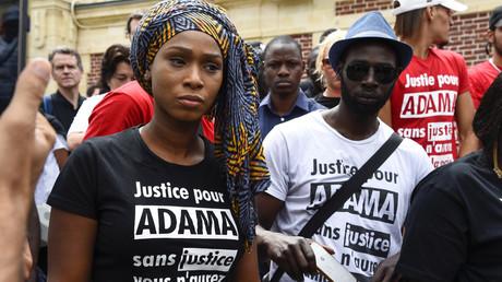 Assa Traoré, la sœur d'Adama Traoré