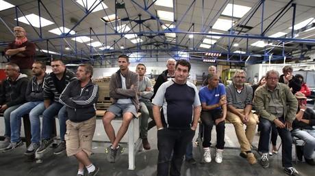 Les salariés de GM&S dans l'usine le 24 juillet.