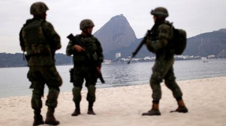Photo d'archive, des militaires brésiliens à Rio