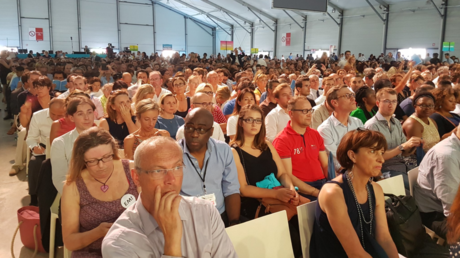 Public durant la convention de LREM le 8 juillet 2017 à Paris