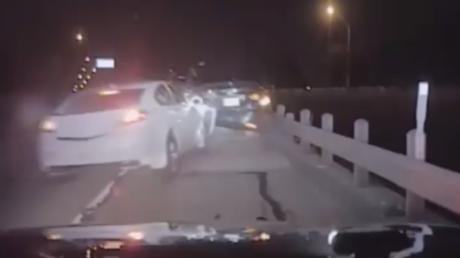 Un conducteur ivre emboutit une voiture de police au Texas (VIDEO CHOC)