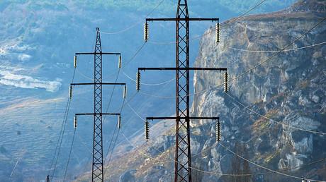 Image d'illustration : des lignes à haute tension près de Sébastopol, en Crimée
