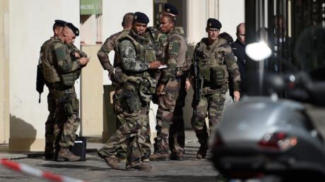 Militaires blessés à Levallois : l'enquête confiée à la section antiterroriste du parquet de Paris