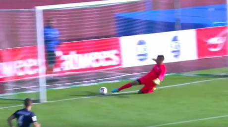 Le but le plus stupide ? Une équipe de foot estonienne marque contre son camp en 14 secondes (VIDEO)