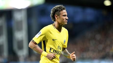 «Neymar = 44 400 000 pintes, Nasser, ta tournée !» : les Guingampais ironisent face à la star du PSG