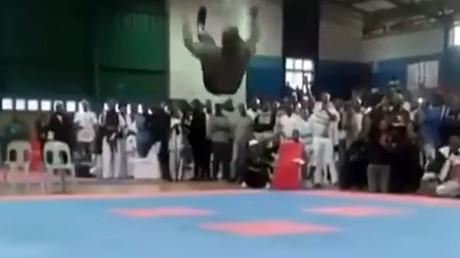 Afrique du Sud : un bodybuildeur se tue en ratant un salto arrière (VIDEO CHOC)