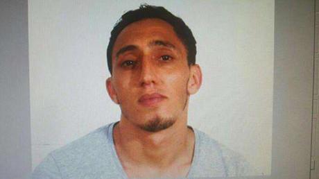 Photo fournie par la police espagnole, correspondant au nom de Driss Oukabir