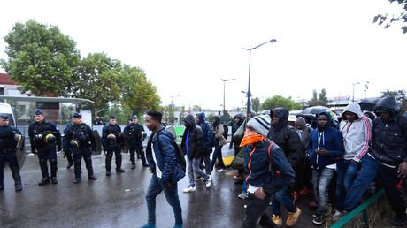 Paris évacue 2 500 migrants dans le cadre de la 35e opération de «mise à l'abri» depuis deux ans