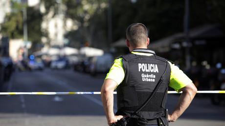 Un policier espagnol sur Las Ramblas à Barcelone