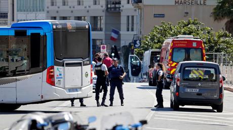Un véhicule fonce sur un abribus et tue une femme à Marseille : ce que l'on sait