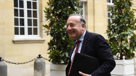 Le patron du Medef Pierre Gattaz s'offre un château dans le Lubéron pour 11 millions d'euros.