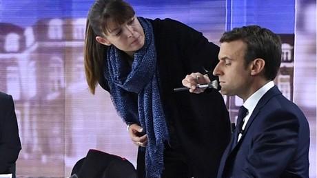 Etonnante justification de l'Elysée sur les 26 000 euros de maquillage de Macron, la polémique enfle