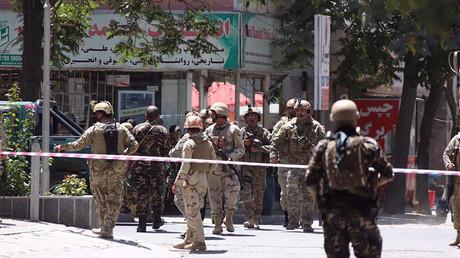 L'attaque d'une mosquée à Kaboul revendiquée par Daesh fait 20 morts