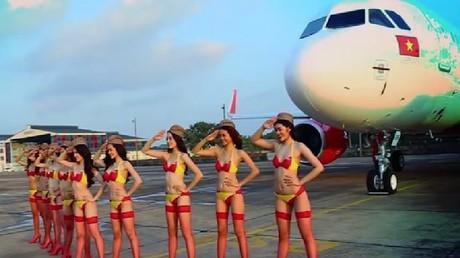 Pas d'hôtesses de l'air en bikini pour les vols de VietJet vers l'Indonésie, pays musulman