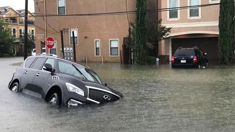 Des images de Houston, aux Etats-Unis, submergé par les pluies de Harvey