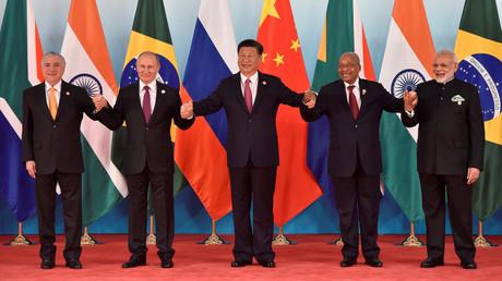 Xi Jinping donne un banquet dans le cadre du neuvième sommet des BRICS