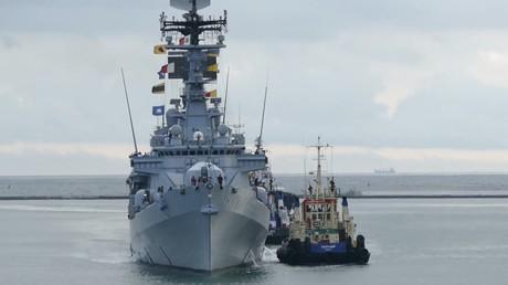Le destroyer italien Luigi Durand de la Penne arrive à Odessa