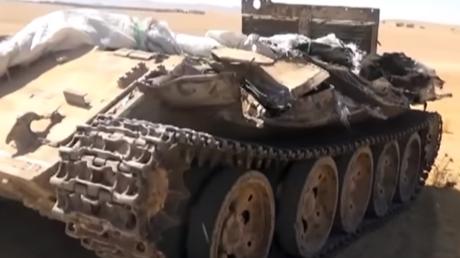En fuyant dans la précipitation la zone de Deir-ez-Zor, les djihadistes de Daesh ont abandonné une grande quantité d'armement, dont des chars d'assaut