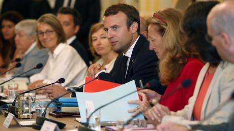 Emmanuel Macron et son gouvernement lors du conseil des ministres du 28 août 2017.