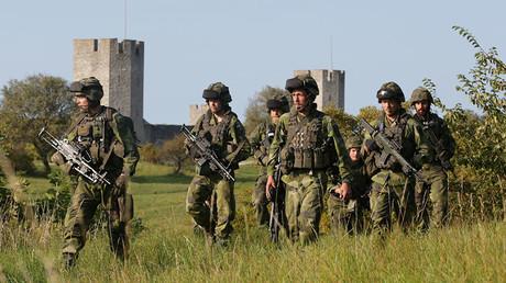Soldats suédois en patrouille, illustration ©TT News Agency / Soren Andersson / Reuters