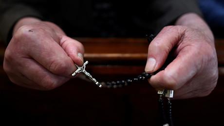 La messe en latin connaît un retour en grâce en France