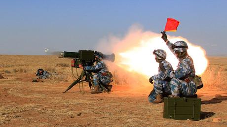 L'armée populaire de libération en plein exercice en Afrique