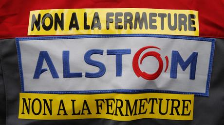 Le dos d'un manifestant en 2016 à Belfort