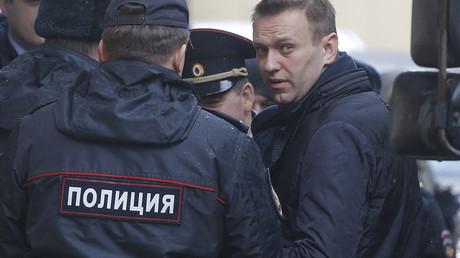 L'opposant russe Alexeï Navalny, en train d'être interpellé (photo d'archive)